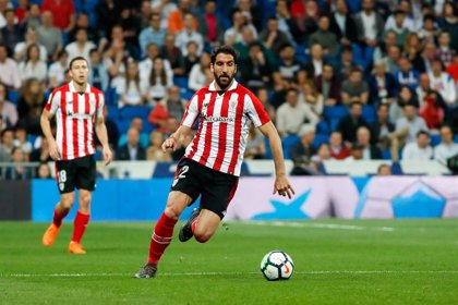 Raúl García renueva con el Athletic Club hasta 2021