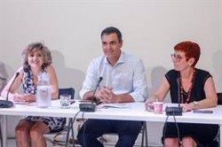 Sánchez promete a una veintena de organizaciones un Gobierno que combatirá las desigualdades y la pobreza