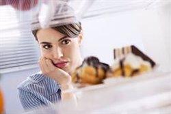 Investigadores revelan un circuito neuronal que disminuye el deseo de comer a través del aumento del estrés