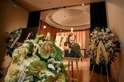 Miles de personas despiden en Madrid a Camilo Sesto recordando su éxito internacional