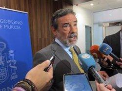 El Gobierno pide precaución ante el aviso rojo por lluvias y tormentas en Murcia este jueves y viernes