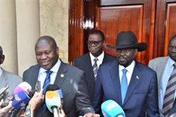 Kiir y Machar se comprometen a que haya gobierno de unidad en Sudán del Sur en noviembre