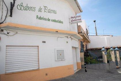 La Junta de Andalucía levanta el veto a Sabores de Paterna para vender productos pero mantiene la fábrica cerrada