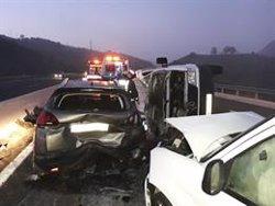 Un total de diez personas fallecen en las carreteras españolas el fin de semana, tres de ellos peatones