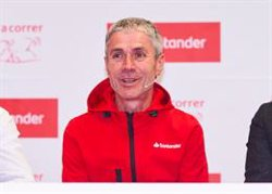 Martín Fiz, Eider Fuentes y Eneko Van Horenbeke forman equipo este domingo en el Triatlón de Getxo