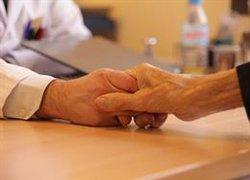 Mantener la calidad de vida, controlar los síntomas y evitar fármacos inapropiados, claves en los cuidados paliativos