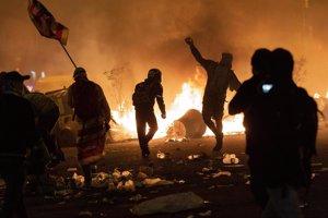 RTVE condena las agresiones a profesionales de TVE durante los disturbios en Barcelona