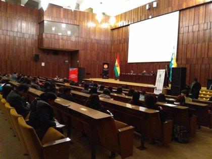 Dimite el vicepresidente del Tribunal Supremo Electoral de Bolivia por la suspensión del recuento de votos