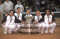 Una muestra fotográfica en Madrid repasa los 118 años de historia de la Copa Davis