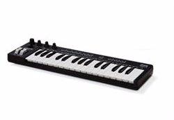 Amazon presenta su primer teclado musical, que compone mediante aprendizaje automático