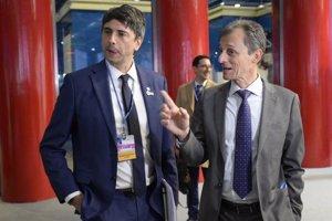 Pedro Duque defiende su gestión al frente del Ministerio de Ciencia: