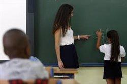 Save The Children denuncia que el alumnado pobre repite cuatro veces más en España que los estudiantes con recursos
