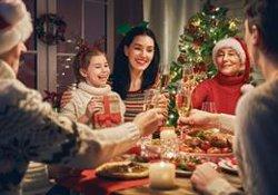 Expertas aconsejan afrontar el duelo en Navidad con una reunión en familia para honrar al fallecido