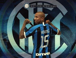Ashley Young ficha por el Inter de Milán hasta final de temporada