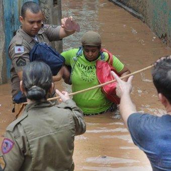 Al menos 30 muertos por las lluvias torrenciales en Brasil