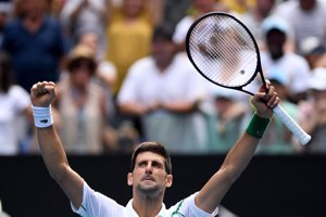 Djokovic arrasa, Federer remonta y Barty y Kvitova se citan en cuartos en Melbourne