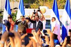 EEUU aplaude la promesa de Bukele de no volver a recurrir al Ejército y pide una