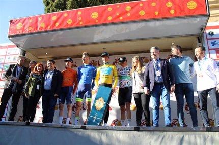 El danés Jakob Fuglsang vence en la etapa reina de la 66ª Vuelta a Andalucía, concluida en Úbeda