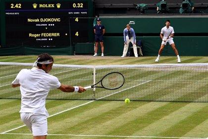 Wimbledon se planteará la suspensión en una reunión de emergencia la próxima semana