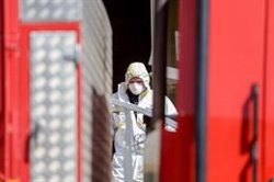 Trabajadores de una residencia de Madrid aseguran que los fallecidos casi triplican los datos oficiales