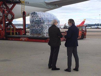Madrid gastará 3,1 millones para la contratación urgente de transporte aéreo que traiga material sanitario