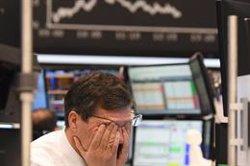 El barril West Texas cae a -40 dólares en una contracción sin precedentes