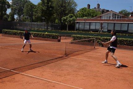 La RFET informa de la reapertura de las escuelas de tenis en Fase 1 y el regreso de la modalidad de dobles