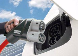 El Gobierno aprobará el martes el nuevo Plan Moves, con ayudas de 5.500 euros a la compra de eléctricos