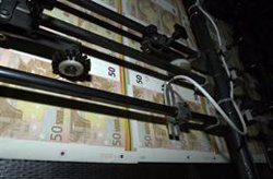 El Congreso debate mañana la propuesta del PSOE de avanzar hacia la desaparición del pago en efectivo