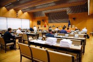 El Gobierno aprueba su documento de política social gracias al apoyo de ERC y la abstención de Bildu
