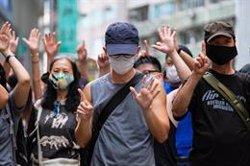 Un joven, primer imputado por incitar a la secesión y terrorismo en Hong Kong en virtud de la nueva ley