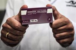 Bruselas autoriza la comercialización de remdesivir, el antiviral para tratar la COVID-19