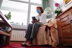 El 80% de los españoles que han solicitado atención médica por el coronavirus resultó satisfecho, según el CIS