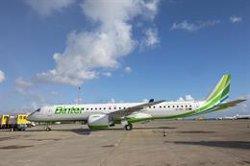 Airef propone limitar la subvención a vuelos a las islas en función de las rentas de los viajeros
