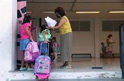 Más de 70 colegios y guarderías suman 96 positivos en Galicia, donde se han cerrado 27 aulas y un centro