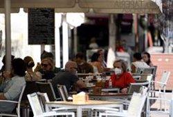 Madrid podría extender a toda la región el cierre de bares y restaurantes a las 22 horas si no se contiene