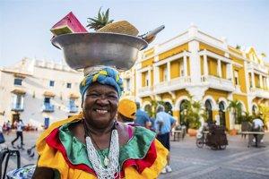 CEAV y ProColombia firman un acuerdo de cooperación y recuperación turística