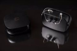 Los audífonos Widex Moment eliminan el sonido metalizado y se adaptan al usuario gracias a la IA
