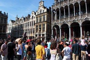 Bélgica quita cuarentena a viajeros de Valencia y parte de Canarias y la mantiene para el resto de España