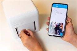 Así funciona 'The Blue Box', un dispositivo que permitirá a las mujeres realizarse una prueba de cáncer de mama en casa
