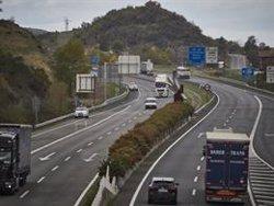 Al menos tres fallecidos en las carreteras durante el fin de semana
