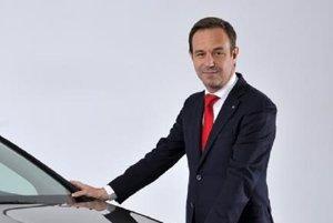 Renault vuelve a 'pescar' en Seat y ficha a Guigues para la organización de ventas en España