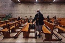 Una asociación católica pide derogar el toque de queda del 24 de diciembre para salvar la Misa del Gallo