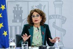 Montero dice que el Gobierno no plantea que Madrid suba impuestos sino armonizar Patrimonio y Sucesiones