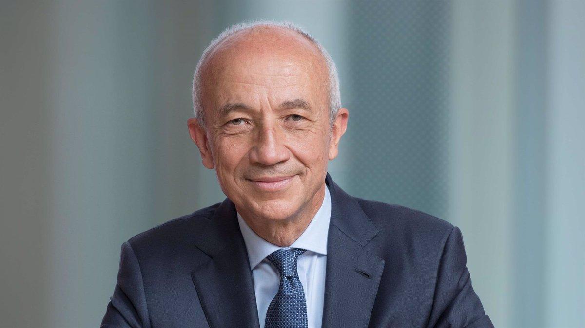 Javier Ferrán asume la presidencia del consejo de administración de IAG tras la retirada de Antonio Vázquez - Descubrir