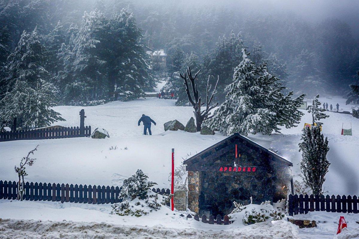Reabren las estaciones de esquí de Navacerrada y Valdesquí - Descubrir