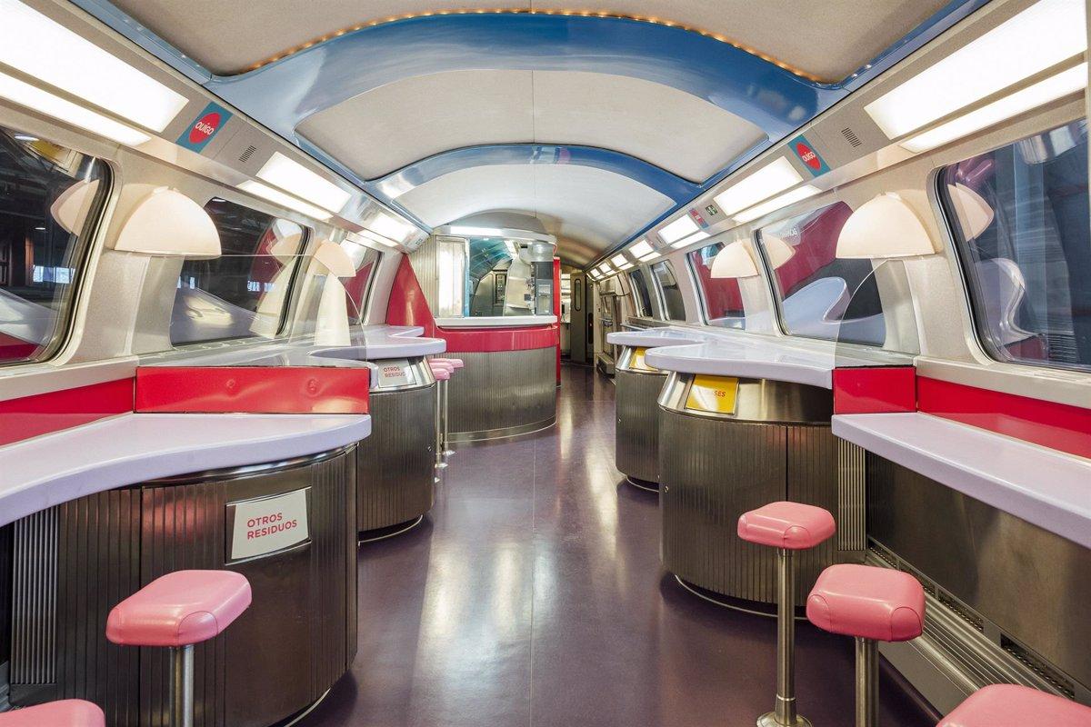 Atocha recibe al primer tren de Ouigo - Descubrir