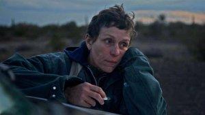 'Nomadland' y 'The Crown' brillan en los Globos de Oro de la pandemia