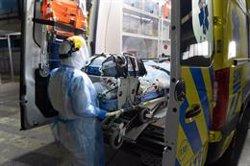 Chile continúa con más de 3.000 hospitalizados en UCI por coronavirus aunque baja el pico de casos al día