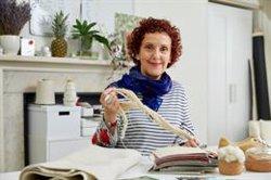 La española Carmen Hijosa, finalista en los European Inventor Award 2021 por utilizar hojas de piña como 'cuero'